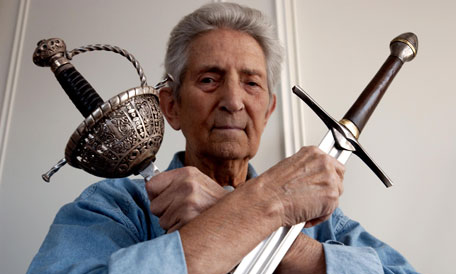 Bob Anderson, Master Fencer and Lightsaber Extraordinaire, Passes Away at 89